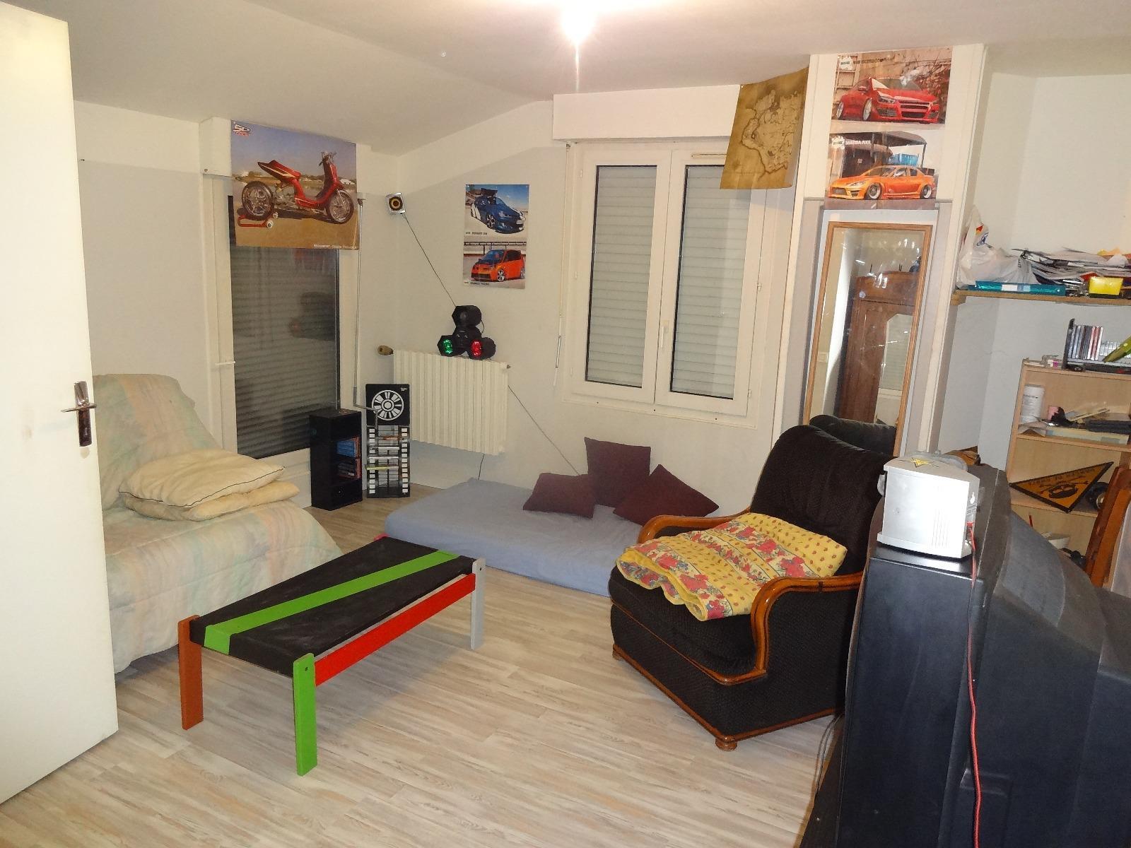 Vente maison de 153 m2 avec d pendances 8min d 39 auxerre for Salon habitat auxerre